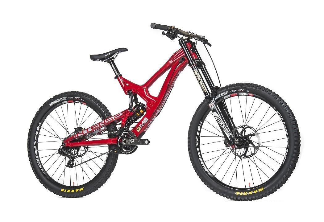 Intense M16a Pro Bike 2016 Downhill Bike