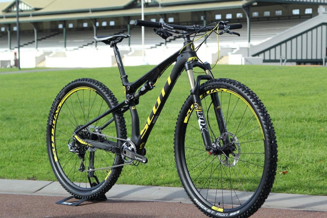 2015 Scott Bikes Spark 910 Spark RC er Scott
