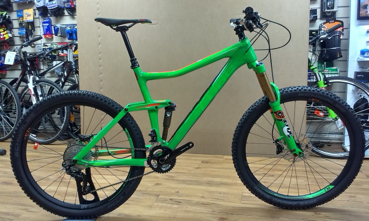 cube stereo 160 super hpc sl 27 5 mountain bike 2015 650b 27 5 mountain bikes from 399. Black Bedroom Furniture Sets. Home Design Ideas