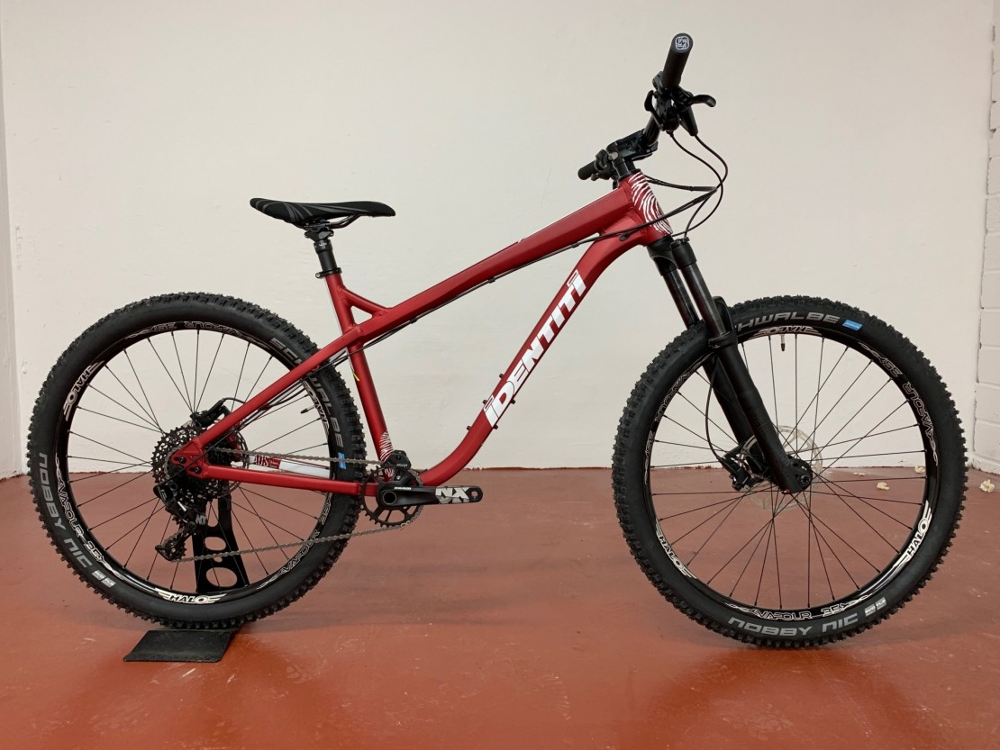 AKA R 27.5 2019 - Hardtail mountain Bike