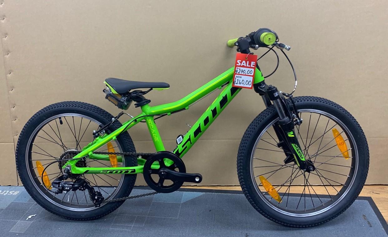 0bd2dfc60ac Scott Scale JR 20 Green 2018 - Boys 20inch Kids Bike