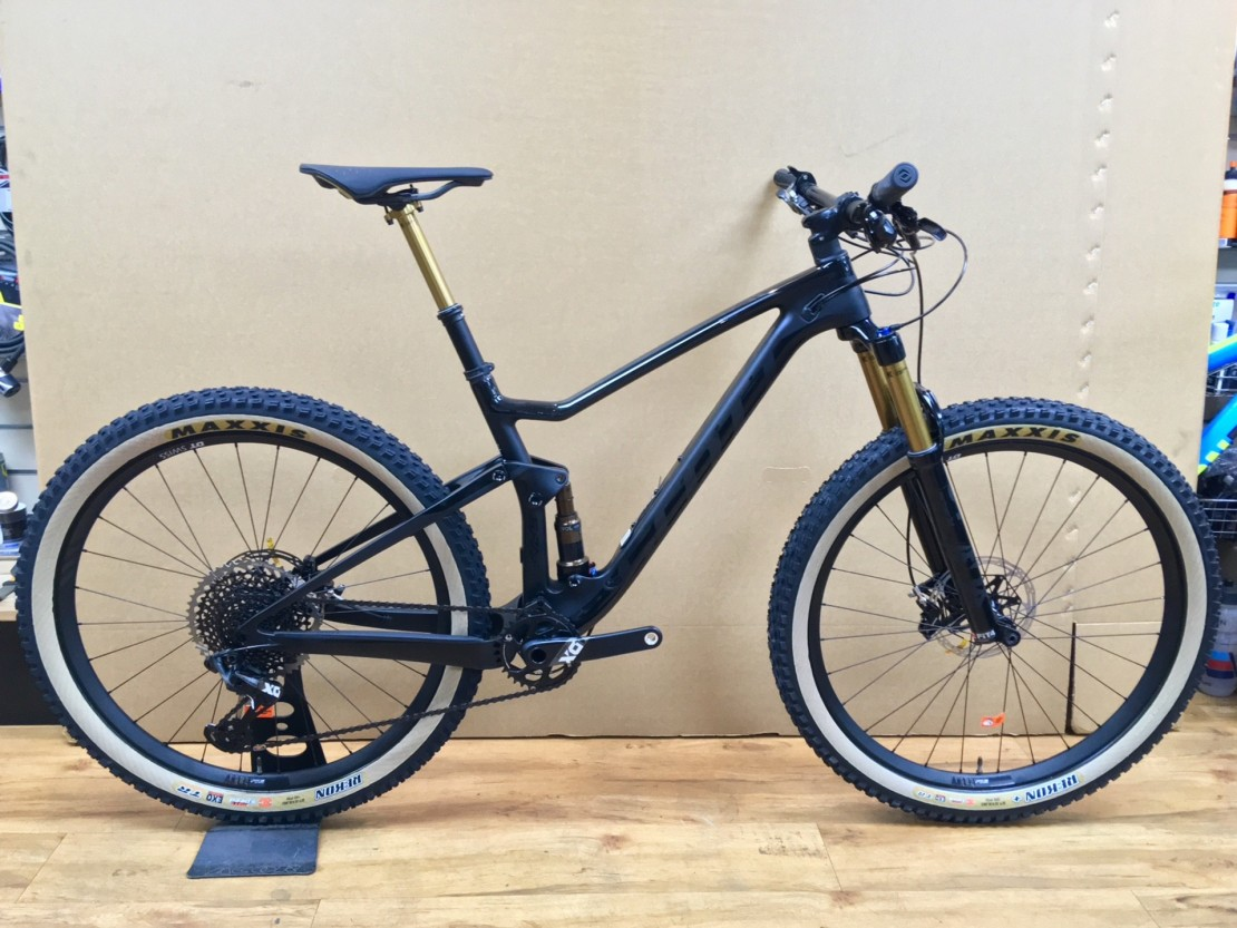 Spark 700 Ultimate 2018 - Trail Full Suspension Mountain Bike